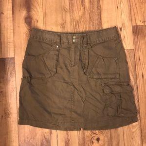 Athleta Green Cargo Skirt
